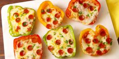 Pepper pizza!!! This looks yummy, and with some turkey pepperoni substituted, it could be a pretty healthy dish.