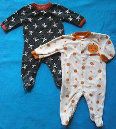 Lot of 2 Boys Size 6m Halloween Theme Footie Pajamas, Skulls,Pumpkins,Candy Corn $5.99 obo