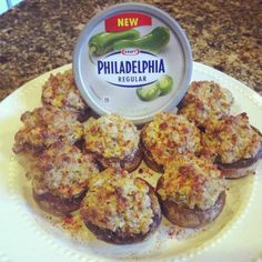 Creamy Jalapeno Stuffed Mushrooms recipe // easy to make and so good!