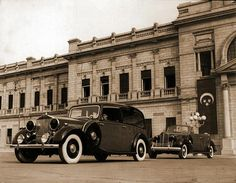 Rolls Royce cars at the Royal Abdeen Palace in Cairo, Egypt. Old Egypt, Cairo Egypt, Ancient Egypt, Cincinnati Library, Military Coup, Visit Egypt, Countries Of The World, Rolls Royce, World War Ii