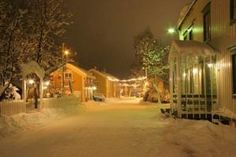 Merry X-Mas to all from the ToucHotel Community!  Santa's Favourite Hotel is Fru Haugans Hotel in Mosjøen, Norway...