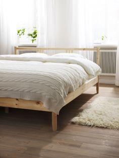 Ikea fjellse bed + super calm room