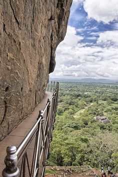 Sigiriya, Sri Lanka I have walked here! Travel And Tourism, Asia Travel, Solo Travel, Maldives, Travel Around The World, Around The Worlds, Laos, Places To Travel, Places To Go