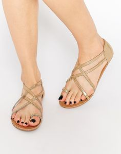 Image 1 of London Rebel Strappy Toepost Flat Sandals                                                                                                                                                      Más