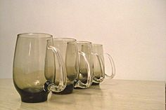 Libbey Rock Sharpe Tempo Smoke Brown Glass Tankards Tumblers with Clear Open Handle - Set of 4 Glasses Libbey http://www.amazon.com/dp/B012048E92/ref=cm_sw_r_pi_dp_fJBWvb132G5WQ