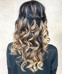 50 Waterfall Braid Inspirations You will Love, These 50 waterfall braids will add some romantic and feminine vibe into your looks. If you are looking for a sophisticated braid, then here you fou. Braided Hairstyles Updo, Try On Hairstyles, Classic Hairstyles, Trending Hairstyles, Different Hairstyles, Elegant Hairstyles, Natural Hair Styles For Black Women, Gorgeous Hair, Waterfall Braids