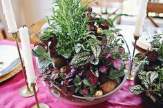 Forget the florist –– a little DIY elbow grease and $25 (or less) is all you need to make these show-stopping Christmas centerpieces.