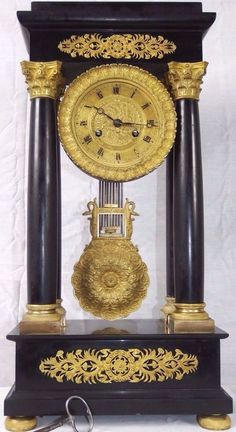 ANTIQUE VICTORIAN OLD EMPIRE FRENCH BLACK SLATE AND BRONZE PORTICO MANTLE CLOCK