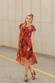 Another great Questhaven dress! They must get some more fabulous prints!