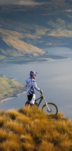 Taking in the view. #Bike #AmazingPlaces #NewZealand