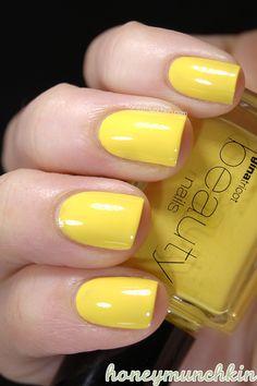 Gina Tricot Beauty - 17 Aspen Gold #nailpolish Yellow Nail Polish, Yellow Nails, Comic Book Superheroes, Gina Tricot, Aspen, Nail Designs, Hair Beauty, Make Up, Gold