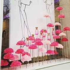 "France, ""Launch of Annick Goutal's new Rose Pompom fragrance in a field of pink roses"", photo by Adeline Cabale, pinned by Ton van der Veer Spring Window Display, Store Window Displays, Vitrine Design, Decoration Vitrine, Box Roses, Deco Floral, Visual Display, Store Windows, Color Rosa"