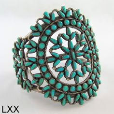 Zuni Turquoise Cluster Bracelet, ca. Zuni Pueblo, New Mexico; Native American Jewelry This is absolutely gorgeous! Vintage Turquoise, Coral Turquoise, Turquoise Jewelry, Silver Jewelry, Vintage Jewelry, Jewlery, Gold Jewellery, Silver Rings, Navajo Jewelry