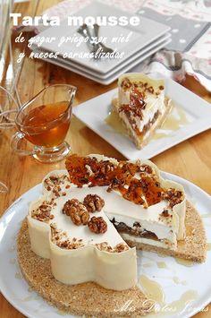 Tarta mousse miel, nueces caramelizadas y yogur griego