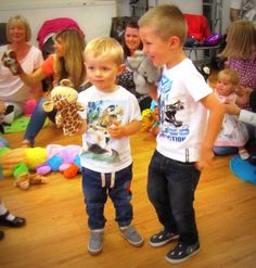 'Fun with Puppets' - Brotherly love at Caterpillar Music Blackpool's Summer Party 2014!