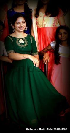 Bride Reception Dresses, Bridal Party Dresses, Event Dresses, Marriage Reception, Salwar Neck Designs, Silk Saree Blouse Designs, Dress Neck Designs, Lehnga Dress, Frock Dress