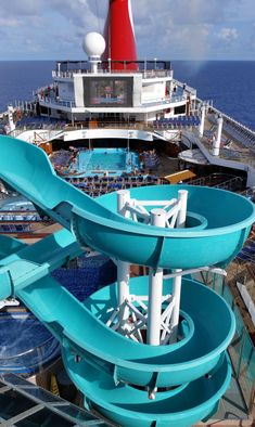 We're no strangers to cruising, and yet we're constantly amazed by all of the things you can find on board. Cruises Carnival, Carnival Cruise Ships, Places To Travel, Places To Go, Cruise Pictures, Cruise Tips, Royal Caribbean, Best Vacations, Seas