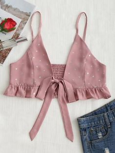Standard Ruffles Others Spaghetti Short Fashion Tied Bowknot Dotted Ruffles Cami Top Source by and tank top Fashion Sewing, Diy Fashion, Ideias Fashion, Fashion Outfits, Womens Fashion, Trendy Fashion, Ladies Fashion, Crop Top Outfits, Casual Outfits