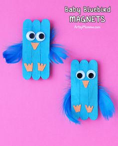 Adorable Baby Bluebird Mini Craft Stick Magnets For Kids To Make - Artsy Momma Crafts & Recipes - How to make Baby Bluebird Mini Craft Stick Magnets with kids. Cute wood craft for Spring that will - Popsicle Stick Crafts For Kids, Animal Crafts For Kids, Craft Stick Crafts, Toddler Crafts, Tape Crafts, Craft Sticks, Craft Stick Projects, Popsicle Sticks, Diy Crafts For Adults