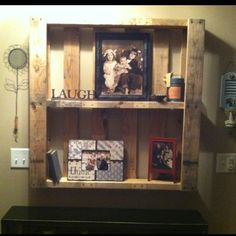 love all of these pallet ideas