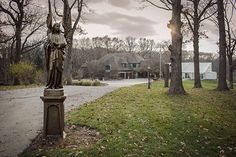 The Enchanted Estate- Seems like a cool wedding spot!