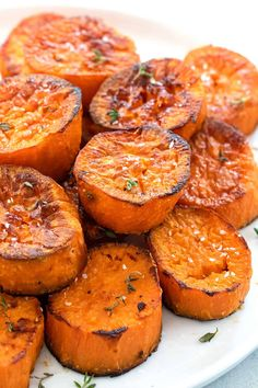 Oven Roasted Sweet Potatoes Oven roasted sweet potatoes with a caramelized crust of flavor. The trick to nailing the perfect taste and texture is easier than you think. Oven Roasted Sweet Potatoes, Sweet Potato Oven, Potatoes In Oven, Roasted Potato Recipes, Cooking Sweet Potatoes, Sweet Potato Recipes, Vegetable Recipes, Recipes With Potatoes, Potato Meals