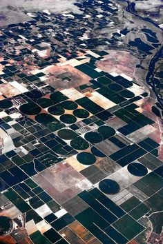 Photo of the Day: American Fields on Design You Trust – By Albin Bezjak. Map Quilt, Earth From Space, Birds Eye View, Aerial Photography, Science And Nature, Aerial View, Textures Patterns, Design Inspiration, Prints
