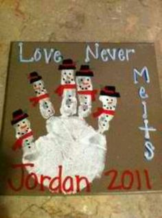 "handprint snowman - ""love never melts"" omg this is soo cute! Def need to do this a the kindergarteners this year!"