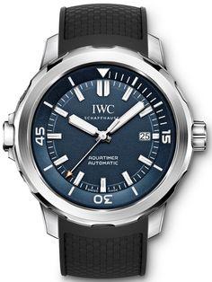 Marca: IWC Serie: Aquatimer Modello: iw329005 Forma della cassa : Rotondo Dimensioni cassa: 42 mm Spessore cassa: 14 mm Materiale cassa: Acciaio inossidabile Colore quadrante: Blu Vetro: zaffiro resistente ai graffi Ghiera: girevole unidirezionale Corona a vite: sì. Resistenza all'acqua: 50 m Iwc Watches, Cool Watches, Citizen Watches, Jacques Yves Cousteau, Swiss Army Watches, Rose Gold Watches, Porsche Design, Beautiful Watches, Corona