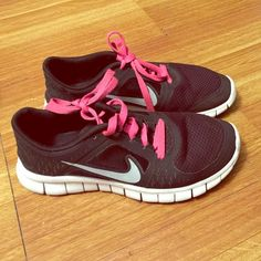 Nike Free Run 3 Youth size, pre-loved as shown above. Nike Shoes Athletic Shoes