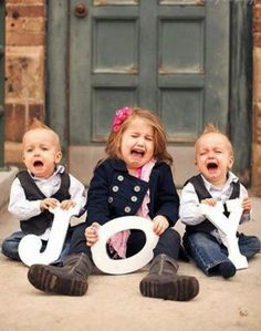 2013 Christmas kids photo,funny  kids picture idea of Christmas,several crying kids holding JOY sign photo for 2013: