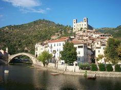 Dolceacqua, Ligúria, Itália.