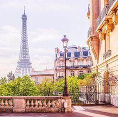 """""""Mi piace"""": 3,415, commenti: 17 - Айгуль Вишня // Москва (@vi66nya) su Instagram: """"UPDATE. вопрос решен))  тут всю неделю наблюдаю за дождём и наводнением в Париже в инстаграме,…"""""""