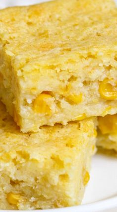 Sweet Corn Bread - the sweetest and easiest version of Corn bread that is perfect to enjoy all year long and especially with soups in the fall. Creamed Corn Cornbread, Jiffy Cornbread Recipes, Honey Cornbread, Homemade Cornbread, Corn Recipes, Mexican Food Recipes, Dessert Recipes, Homemade Breads, Cornbread Casserole