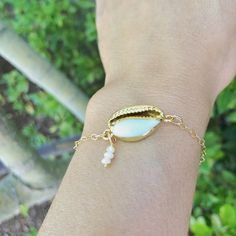 Hawaiian Jewelry, 24k Gold Dipped Cowrie Shell Bracelet, Hawaiian Bracelets , Beach Jewelry , Bridesmaid Bracelets , Natashaaloha
