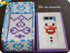boite en perles Hama pour ranger ses stickers de la Reine des neiges Hama Beads 3d, Fuse Beads, Hama Disney, Bead Organization, Beaded Banners, Beaded Boxes, Melting Beads, Tissue Boxes, Bead Crafts