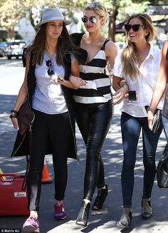 Renee Bargh and Delta Goodrem in a Daniel Avakian top and trousers, Helmut Lang jacket, Brady Chapman bag and Almost & Here boots in Sydney. Celebrity Fashion Looks, Celebrity Style, Hollywood Fashion, Hollywood Style, Disco Pants, Sporty Style, Everyday Outfits, Girls Out, Besties