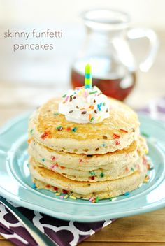 Skinny Funfetti Buttermilk Pancakes are fluffy and full of healthy oats. Use a gluten-free baking powder to make these pancakes GLUTEN-FREE!
