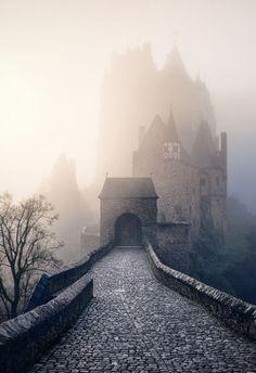 {Eltz castle ~ Max Conrad}