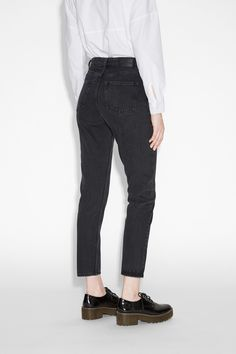 Monki Image 3 of Kimomo jeans in Black