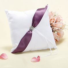 Ring Pillow i lilla Sash Med Rhinestones – DKK kr. 91