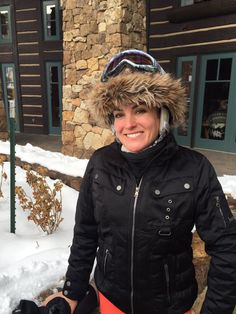 """Sporting my favorite in Helmet Covers, Ski Fashion, Chic Dress, Look Chic, Canada Goose Jackets, Skiing, That Look, Winter Jackets, Black And White"
