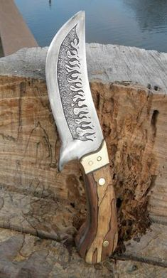 How to easily make a DIY Leaf Spring knife. FREE step by step instructions. www.DIYeasycrafts.com