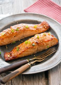 Really nice recipes. Every hour. • Sesame-Soy Salmon with Ginger Honey Glaze Really...