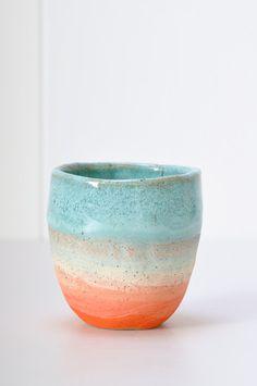 Incredible color sense from ceramicist Shino Takeda! I'm in love with the sense of the setting sun.