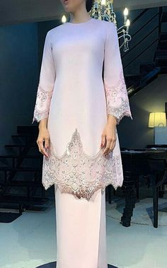 Fashion Tips For Women Articles Malay Wedding Dress, Kebaya Wedding, Muslimah Wedding Dress, Muslim Wedding Dresses, Bridesmaid Dresses, Hijab Bride, Muslim Brides, Wedding Hijab, Hijab Evening Dress
