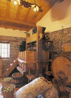 """Llagar de """"El Llugarón"""" en Villaviciosa Asturias Spain, Paraiso Natural, Firewood, Apples, Respect, Crown, Memories, Home, Vernacular Architecture"""