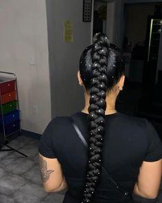 Hair Ponytail Styles, Weave Ponytail Hairstyles, Sleek Ponytail, Baddie Hairstyles, Curly Hair Styles, Natural Hair Styles, Peekaboo Hair, Birthday Hairstyles, Hair Laid