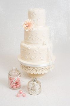 Törtlifee, Eliane Rohr :: WedMap #hochzeitstorte #weddingcake