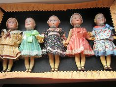 Lot-5-antique-bisque-dolls-Emma-Baby-Stuart-Heubach-square-mark-sample-box